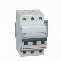 RX3 MCB 3P C63 4500A